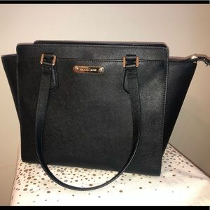 Black Large Zip-Top Leather Michael Kors Tote Bag
